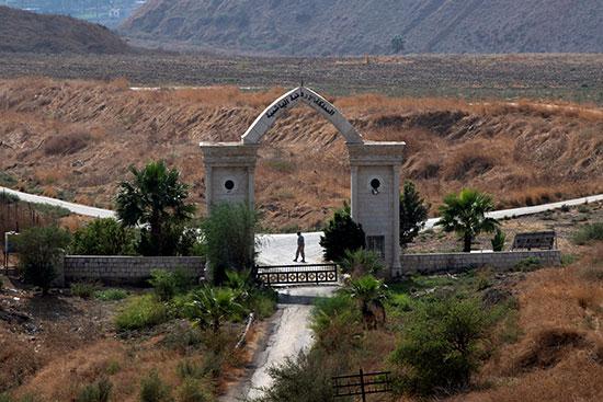 بوابة حدودية بين الاردن واسرائيل