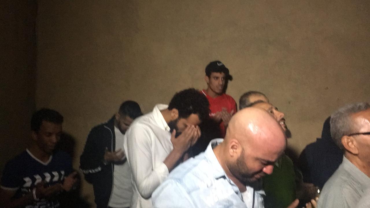 جنش ومؤمن زكريا في جنازة علاء علي