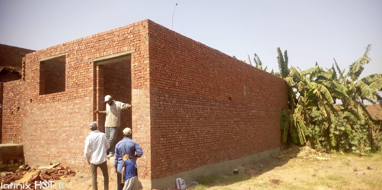 منزل الشهيد فى مراحل بنائه الأولى