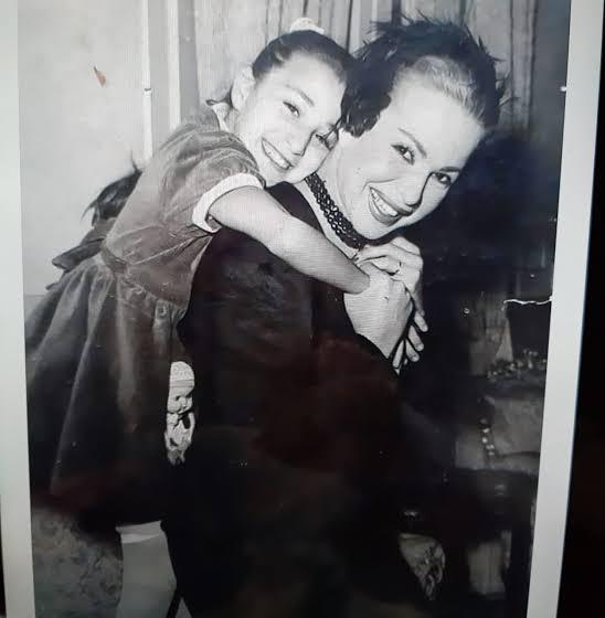 هند رستم و ابنتها