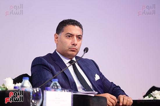 هاني فرحات، رئيس قطاع البحوث ببنك مصر