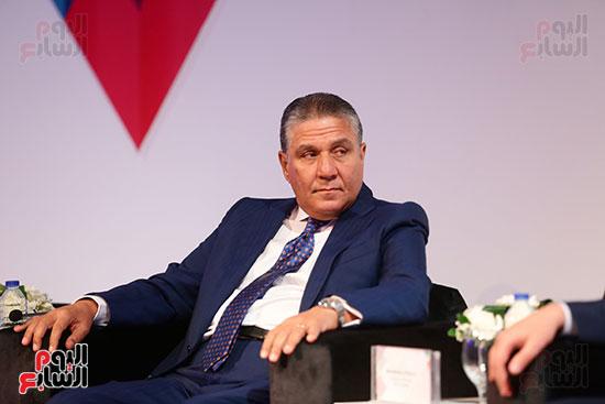 منصة جلسة الاستثمار بقمة مصر الاقتصادية  (11)