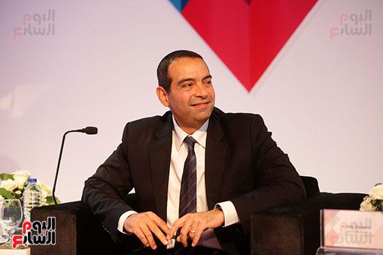 منصة جلسة الاستثمار بقمة مصر الاقتصادية  (2)