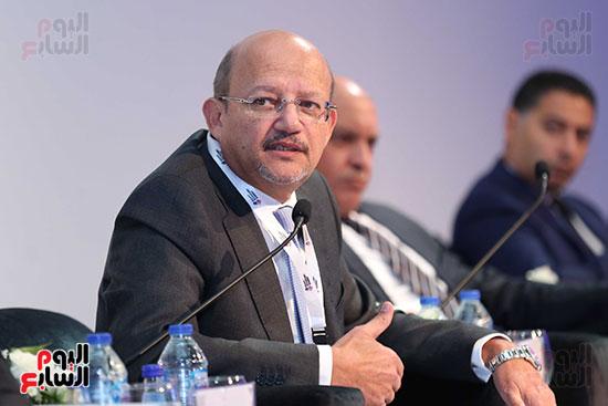 حسين الرفاعى رئيس بنك قناة السويس