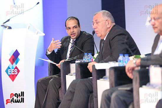 الزميل احمد يعقوب فى قمة مصر الاقتصادية