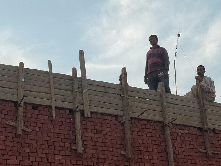 جانب من بناء المنزل