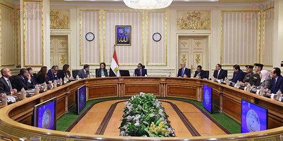 رئيس الوزراء يُتابع سير العمل بالعاصمة الإدارية (4)