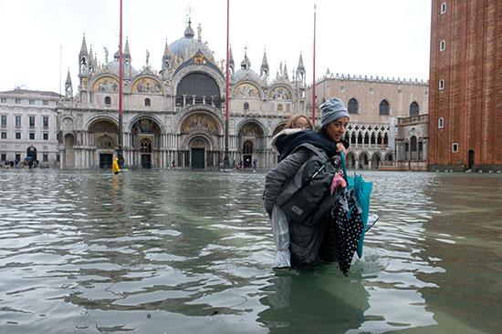 غرق ميدان سان ماركس بالمياة