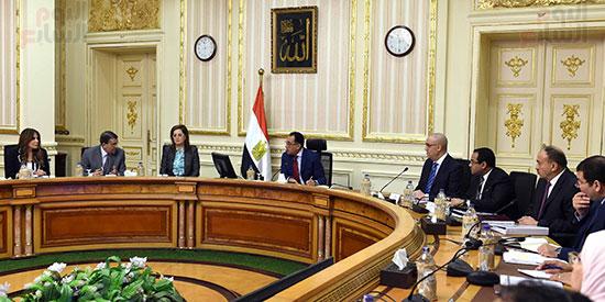 رئيس الوزراء يُتابع سير العمل بالعاصمة الإدارية (1)