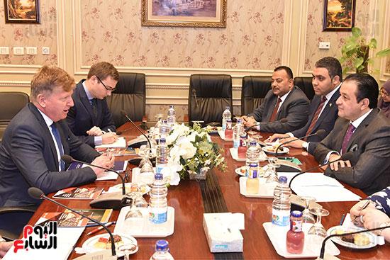 لقاء النائب علاء عابد رئيس لجنة حقوق الانسان (9)