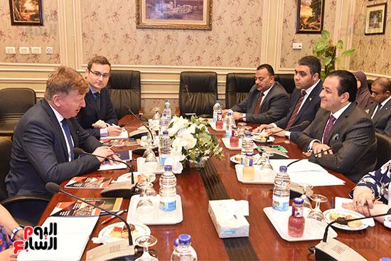 لقاء النائب علاء عابد رئيس لجنة حقوق الانسان (8)