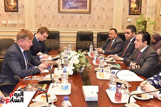 لقاء النائب علاء عابد رئيس لجنة حقوق الانسان (10)