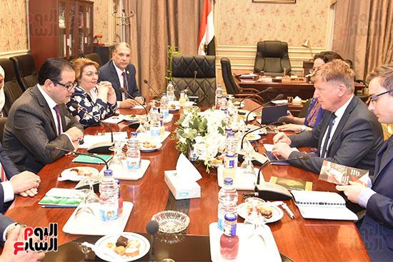 لقاء النائب علاء عابد رئيس لجنة حقوق الانسان (14)