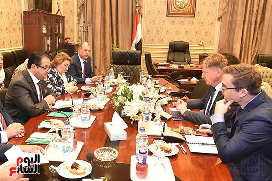 لقاء النائب علاء عابد رئيس لجنة حقوق الانسان (15)