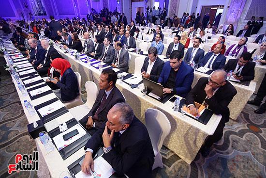 المشاركون (2)