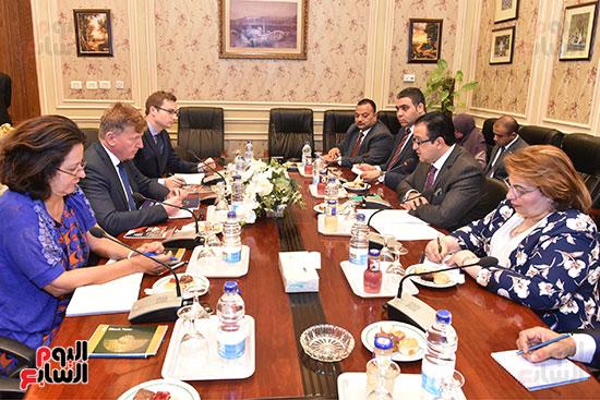 لقاء النائب علاء عابد رئيس لجنة حقوق الانسان (2)