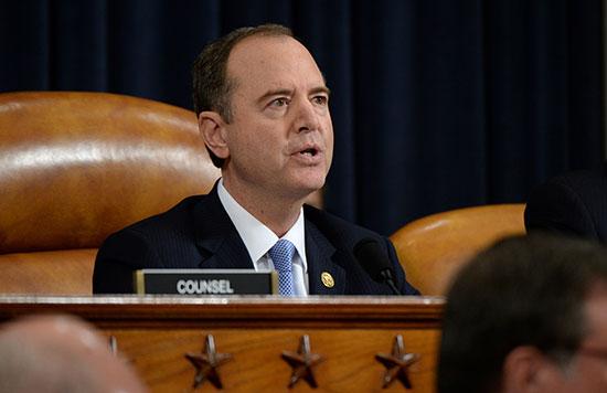 آدم شيف ، رئيس لجنة الاستخبارات بمجلس النواب