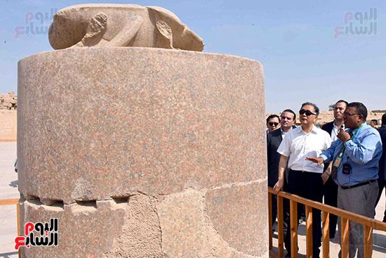 نائب رئيس الصين يزور الجعران المقدس بمعابد الكرنك