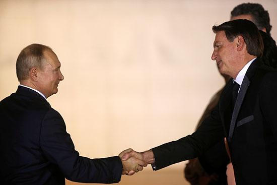 الرئيس البرازيلى يستقبل الرئيس الروسى