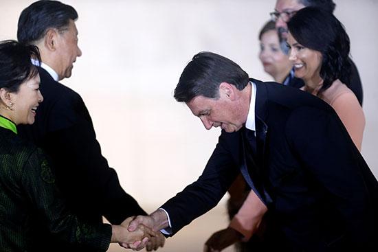 الرئيس البرازيلى يستقبل الرئيس الصينى وزوجته