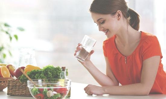 ماء وخضروات