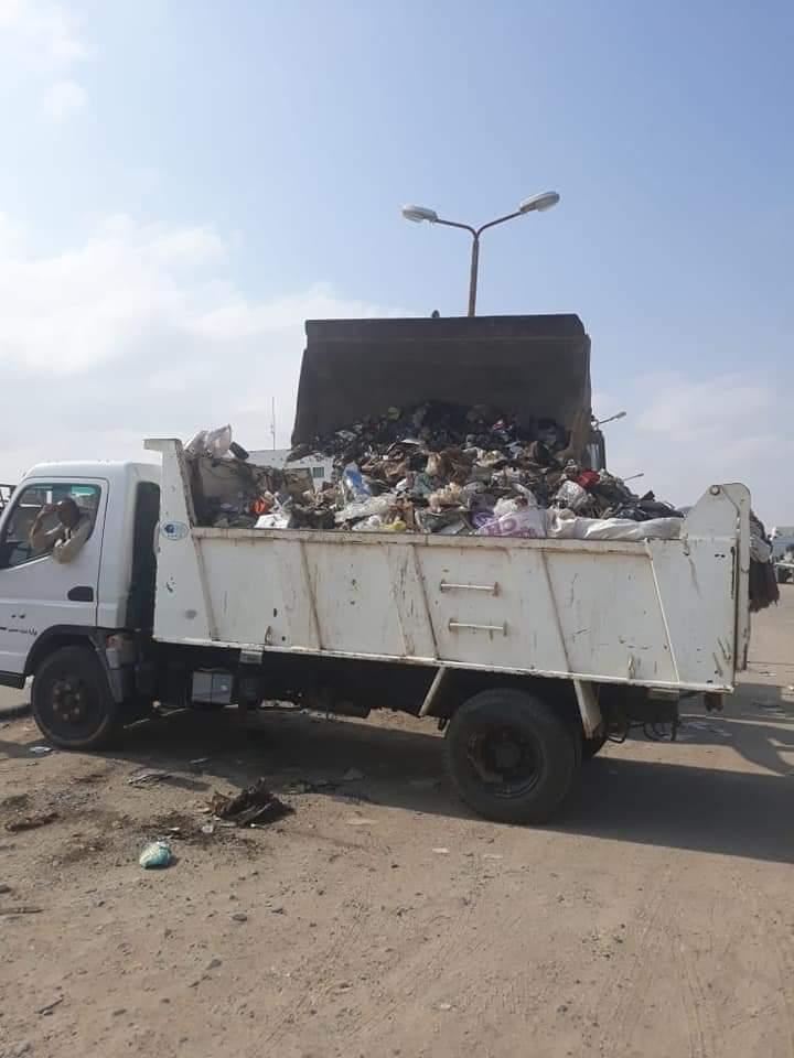 رفع القمامة وأثار السيول بالشلاتين (8)