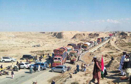 غلق طريق رئيسى فى باكستان