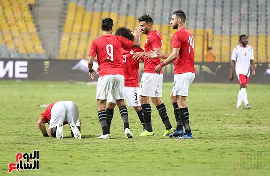 مصر وكينيا (2)