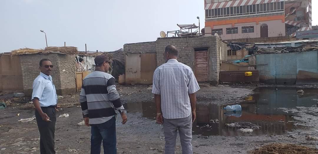 رفع القمامة وأثار السيول بالشلاتين (3)