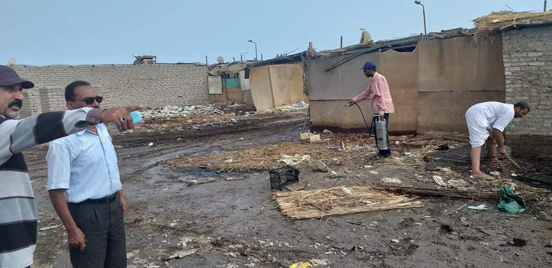رفع القمامة وأثار السيول بالشلاتين (5)