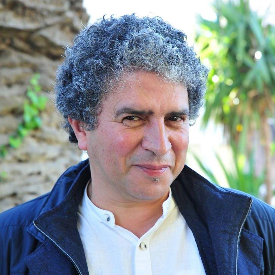 المخرج المسرحي الضعيف بوسلهام رئيس مهرجان مكناس المسرحي