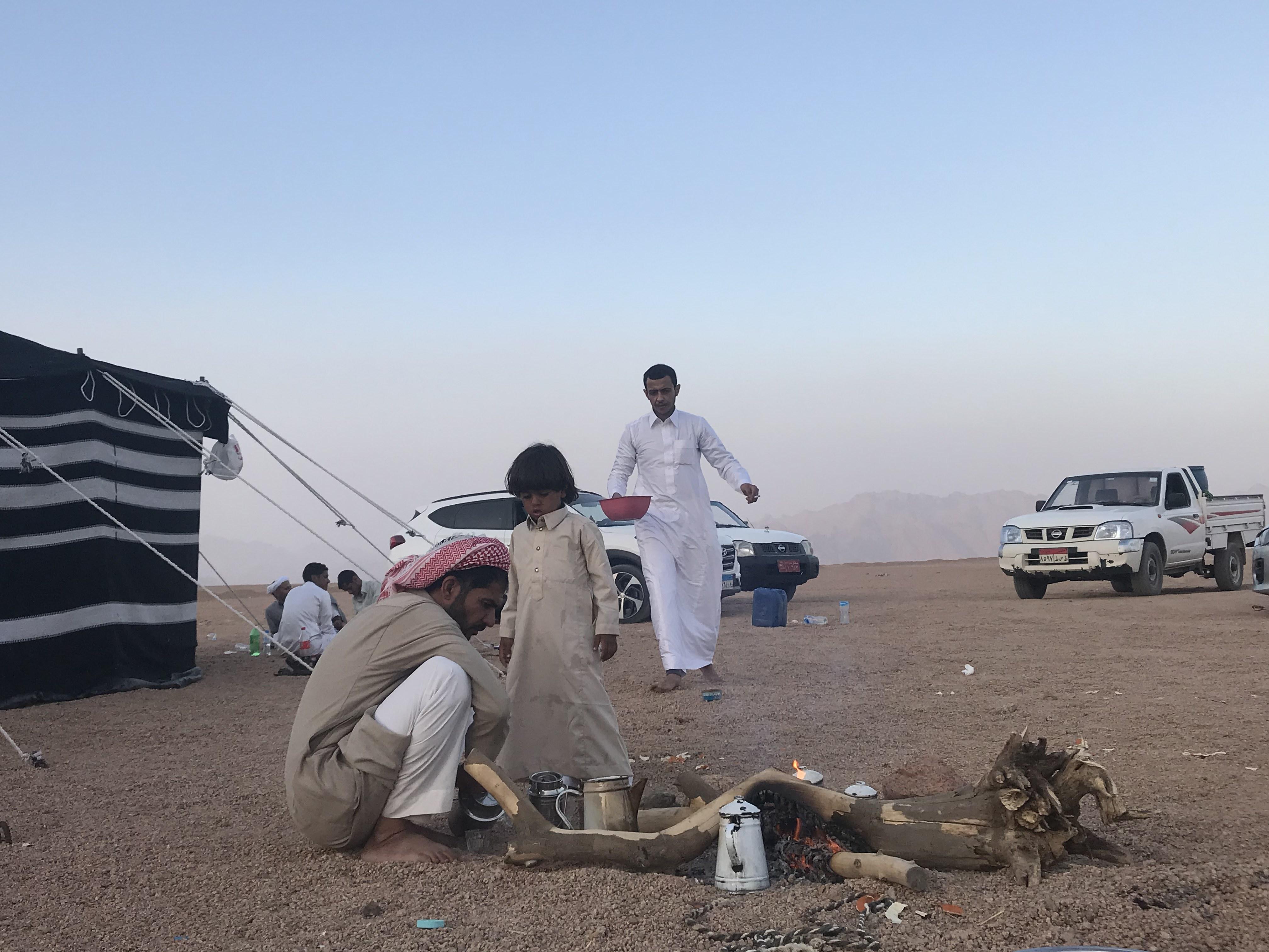 المشاركون فى مهرجان الهجن بشرم الشيخ من مختلف المحافظات (1)