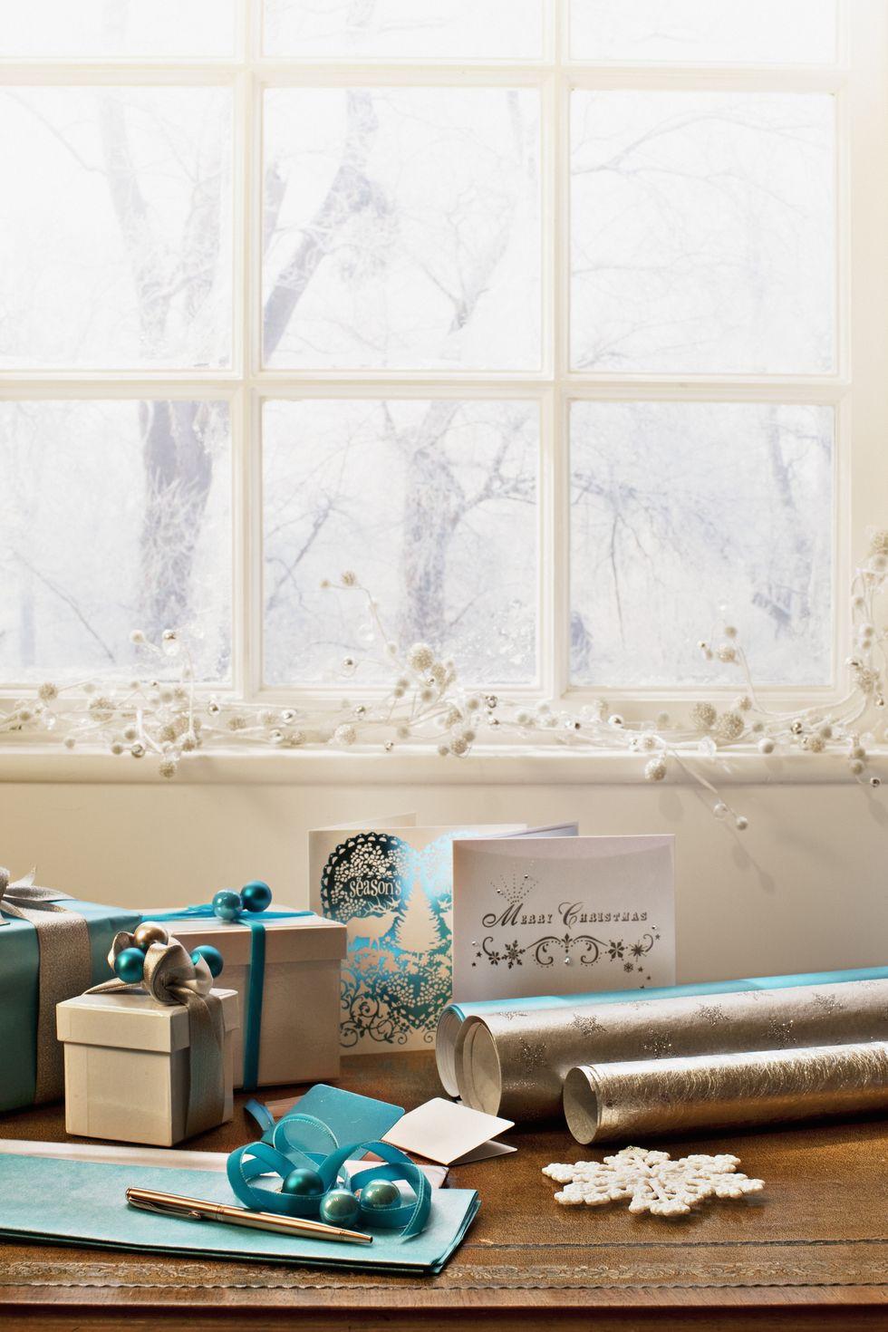 نافذة بيضاء