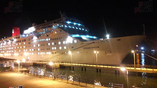 ميناء بورسعيد يستقبل السفينة السياحية ocean Dream (1)