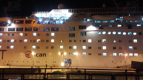 ميناء بورسعيد يستقبل السفينة السياحية ocean Dream (2)