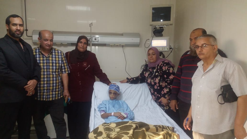 الطفلة بالمستشفى (1)