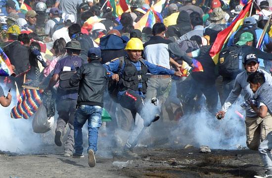 العنف فى بوليفيا