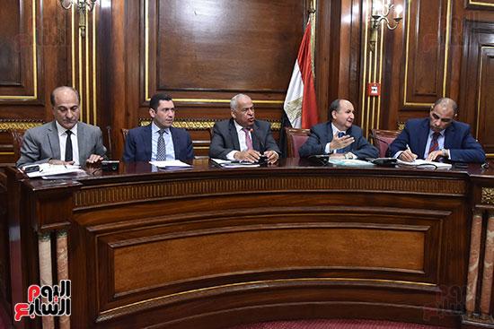 لجنة الصناعة بالبرلمان (2)