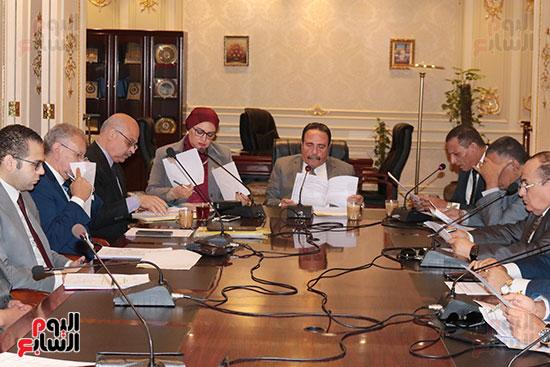 لجنه القوى العامله بالبرلمان (1)