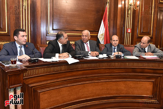 لجنة الصناعة بالبرلمان (5)