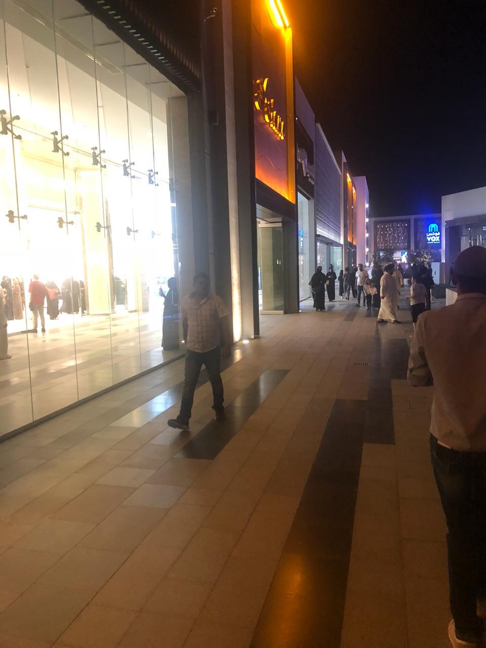 فيديو وصور واجهة الرياض تجربة تجمع الترفيه والثقافة معارض عالمية بـ18صالة عرض 300 قطعة تاريخية وأثرية وتجارب محاكاة بمعرض الفضاء معرض الصقور والألعاب يجذب السائحين والتراث السعودى فى أنا عربية اليوم السابع