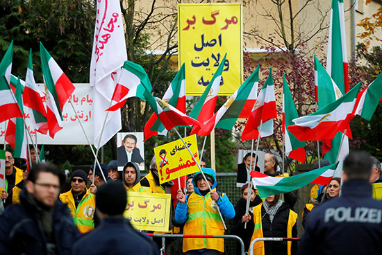 2019-11-17T124230Z_430850054_RC20DD99OUVP_RTRMADP_3_IRAN-FUEL-PROTEST-GERMANY