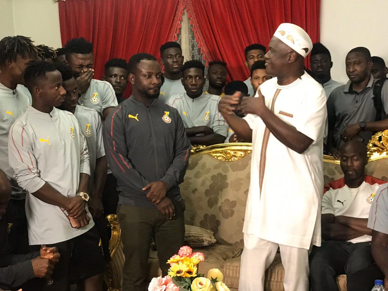 عشاء سفير غانا مع لاعبو المنتخب الاولمبى (1)
