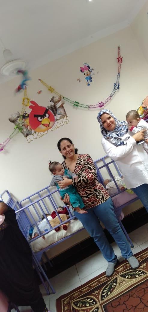 الاحتفال بعيد الطفولة بمركز رعاية الأطفال بأسوان  (1)