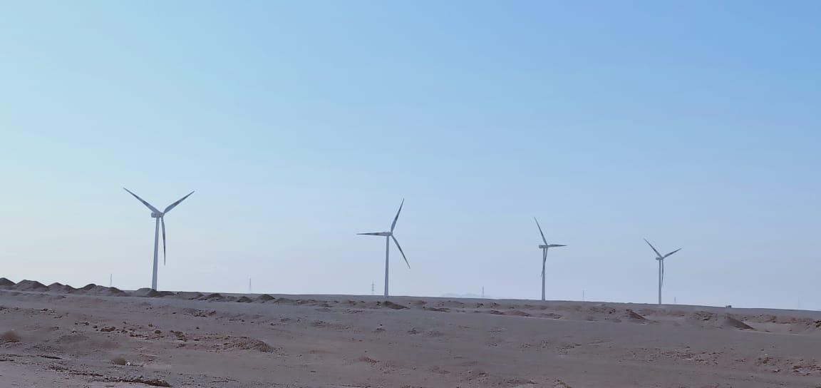 اكبر محطة رياح بالعالم بجبل الزيت  (5)