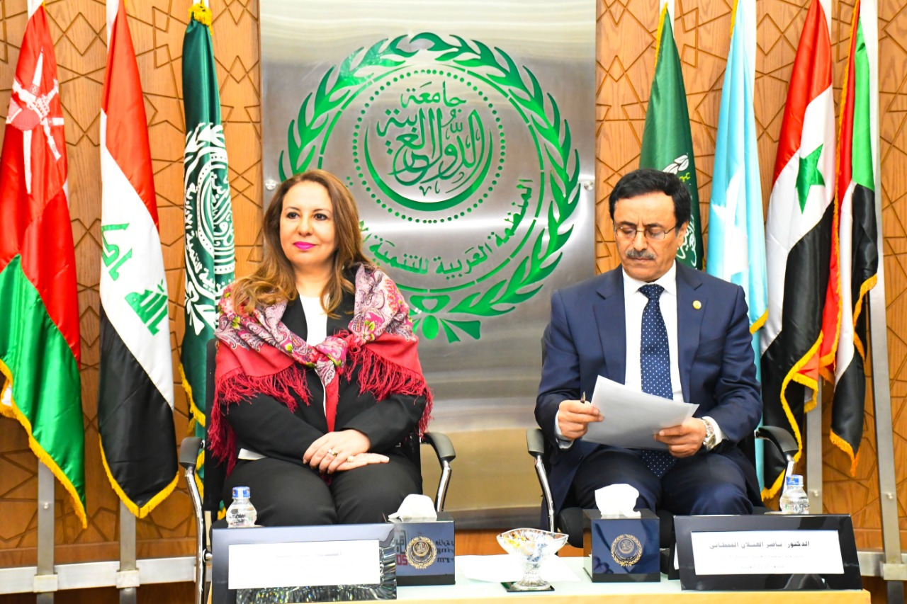 غادة لبيب، نائب وزيرة التخطيط و الدكتور ناصر القحطانى
