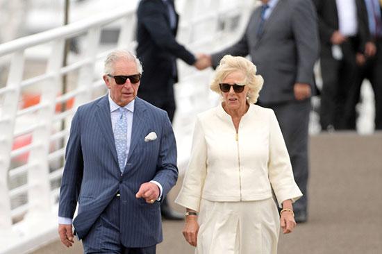 الأمير تشارلز وزوجته