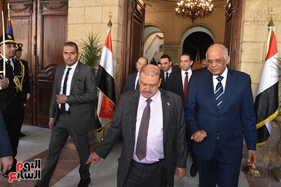 الدكتور على عبد العال رئيس مجلس النواب وسلطان سعيد المراكبى رئيس مجلس النواب اليمنى (15)