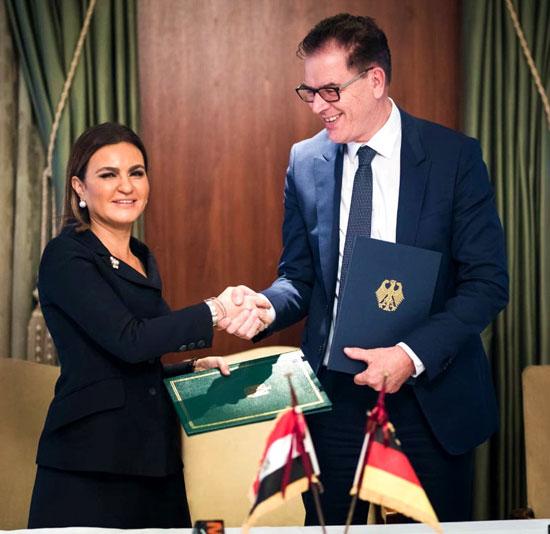 مصر وألمانيا توقعان 6 اتفاقيات (2)