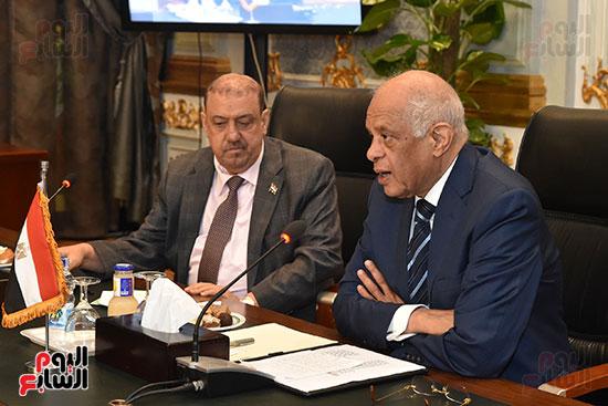 الدكتور على عبد العال رئيس مجلس النواب وسلطان سعيد المراكبى رئيس مجلس النواب اليمنى (9)